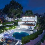 Beautiful Modern House in Rockford Hills 1.1