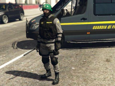 Uniforme Guardia di Finanza Antisommossa 0.1