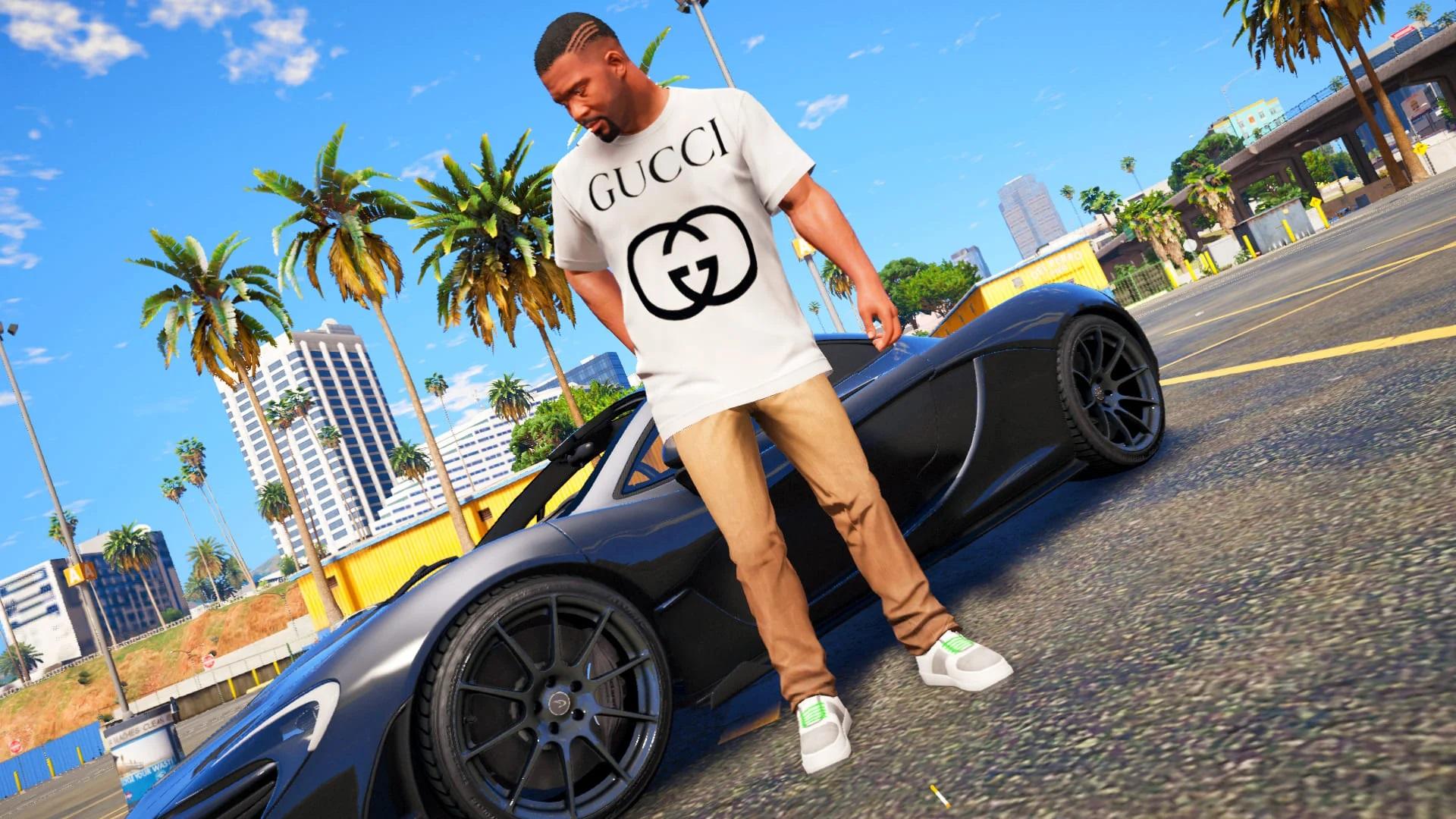 Gucci Interlocking GG Logo Tee (Remastered) 2.0