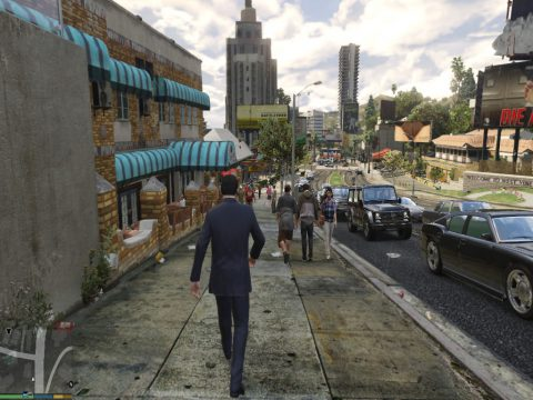 Realistic Pedestrians and Traffic v2.3